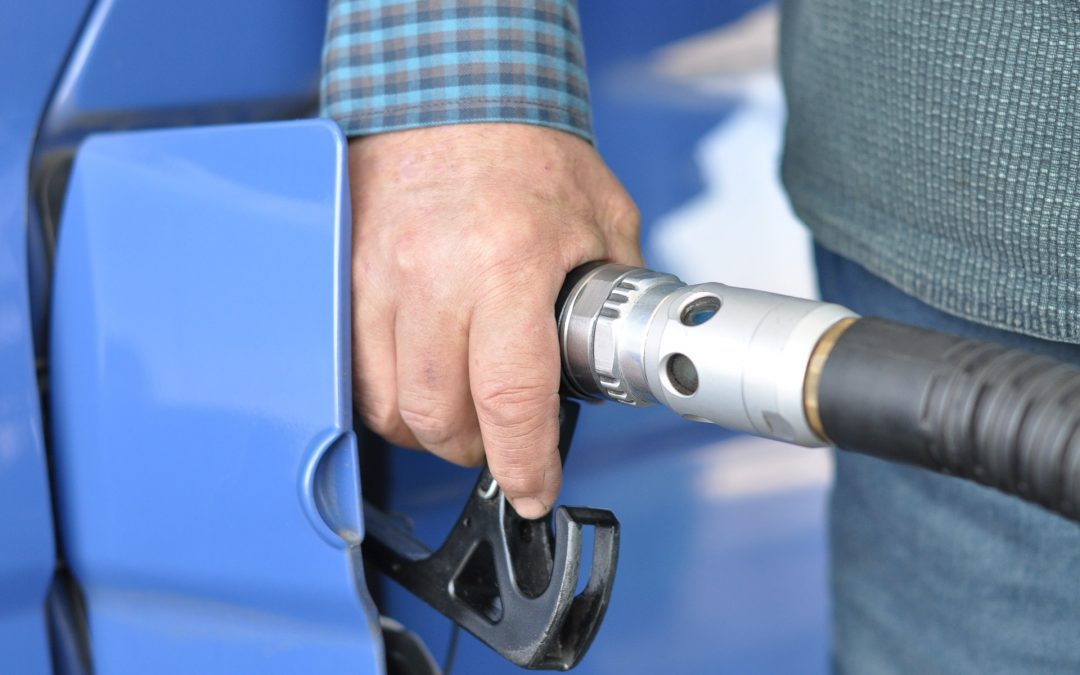 3 Ways Drivers Can Reduce Fleet Fuel Costs